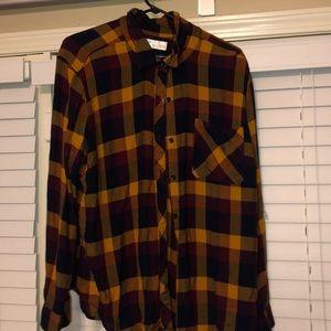 Women's flannel button down shirt